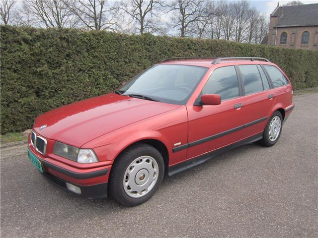 Bmw 318 TDS Touring Edition.